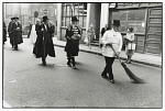 10452586