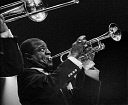 10571124
