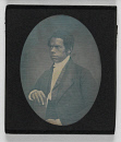 10687719