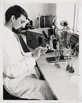 10432122